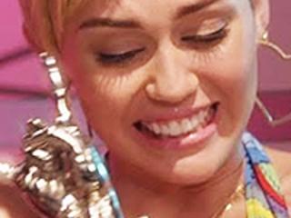 Miley Cyrus entre os vencedores do YouTube Music Awards 2015