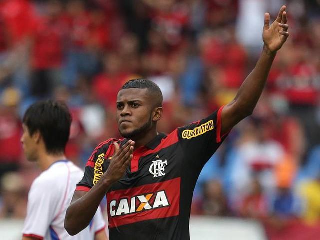 Flamengo encaminha renovação com a Caixa para votação e aguarda parecer sobre balanço de 2014