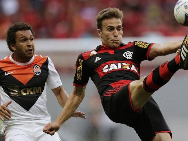 Zagueiro do Flamengo que defendeu seleção diz que espera Fred da Copa das Confederações: '7 a 1 já passou'