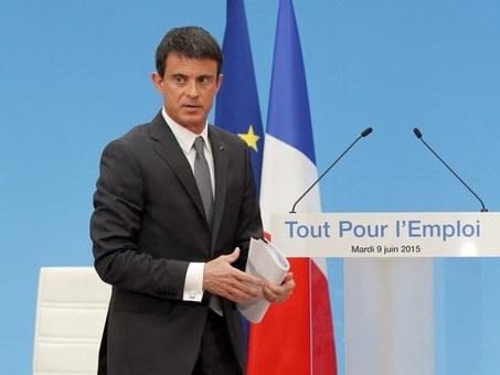 Manuel Valls veut «simplifier la vie» des petits patrons
