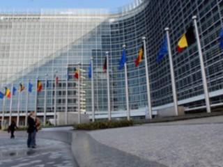 Mobile: Bruxelles autorise le passage de 4 à 3 opérateurs en Allemagne