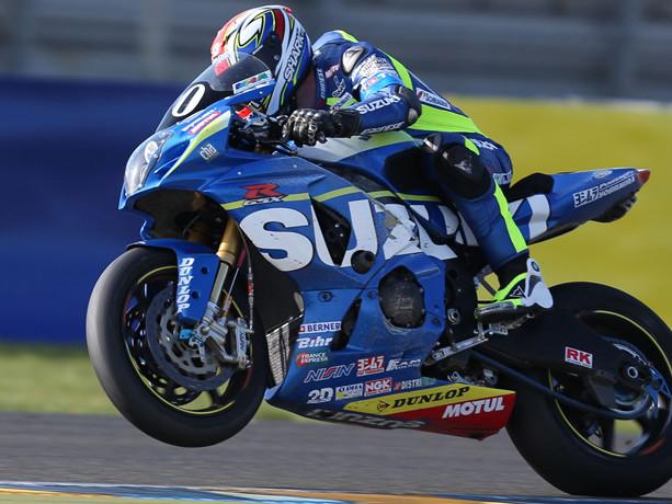 24 Heures du Mans : La Suzuki n°30 y va tout droit