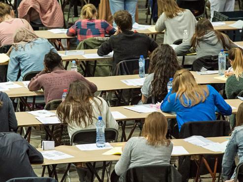 Les nouveaux pauvres: près de 15.000 étudiants émargent au CPAS