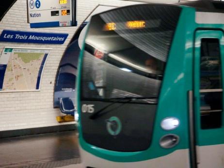 """Pécresse annonce la disparition du ticket de métro """"à l'horizon 2021"""""""