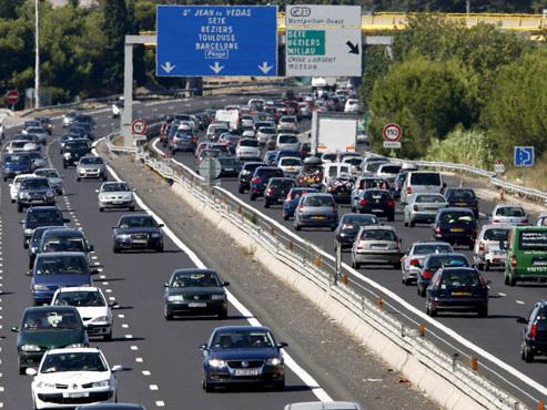 Vous partez en vacances en voiture cet été? Voici comment éviter une amende salée...