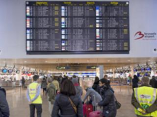 Menace de grève d'un syndicat policier: la pagaille cet été à l'aéroport de Bruxelles?