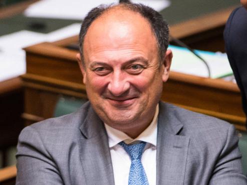 """Le gouvernement veut rétablir la période d'essai: """"C'est un véritable frein à l'embauche"""", selon les PME"""