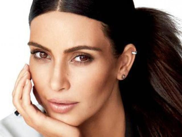 Kim Kardashian enceinte souffre de nausées matinales !