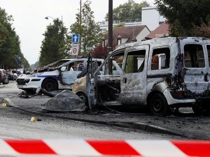 Agression de policiers à Viry-Châtillon: sept personnes mises en examen pour «tentatives de meurtres»