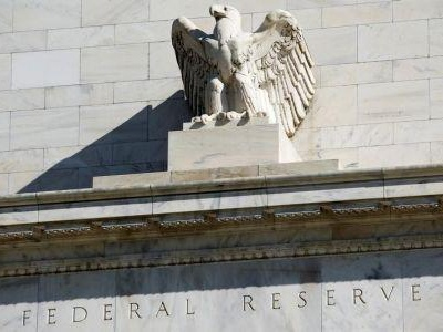 Fed policymakers defend role of private bankers at central bank
