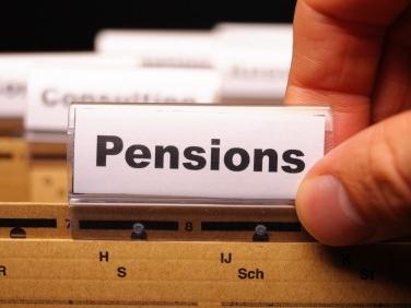 Pensioni ultime notizie quota 100, mini pensioni, quota 41 attacco duro di D'Alema sulle promesse non mantenute