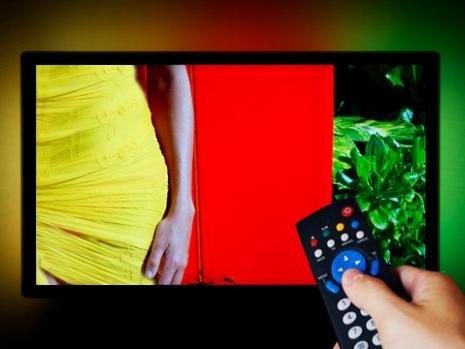 Programmi Tv di stasera Rai e Mediaset, 26/04/2015: cosa c'è oggi in televisione?