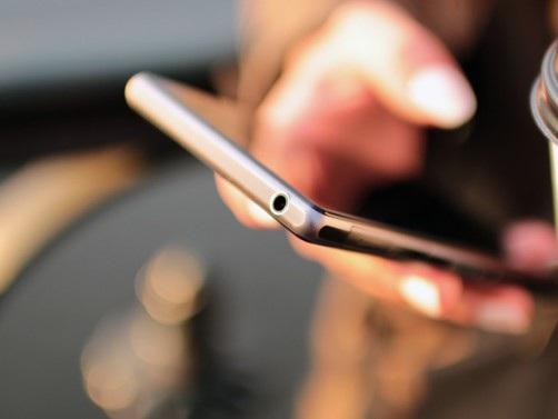 WhatsApp web per pc permette di spiare le conversazioni e i messaggi dei vostri contatti? Ecco la prova…