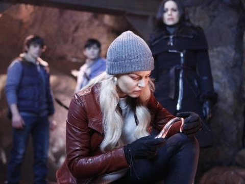 Once Upon A Time, anticipazioni episodio 5x13: Emma alla ricerca di Hook
