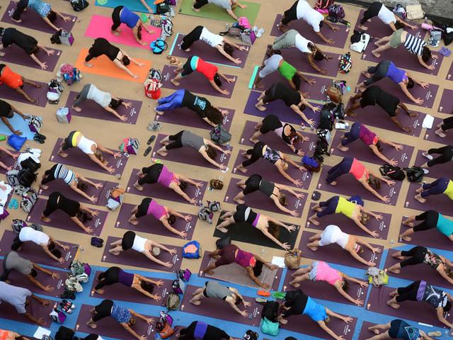 """Roma: oggi alle 19 """"Yoga Day"""" in piazza del Campidoglio"""