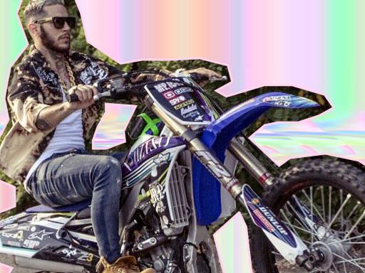 """Emis Killa sul set del video """"Dal Basso"""", singolo estratto da """"Terza Stagione"""""""