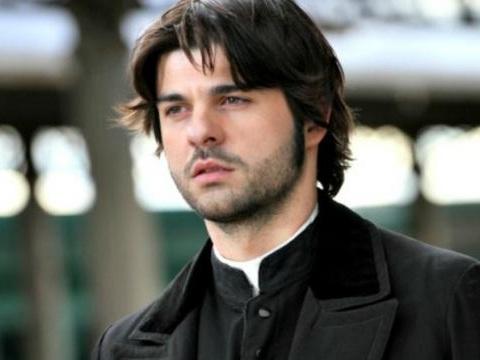 Il Segreto terza stagione: Gonzalo è vivo ma lascerà la soap con Maria