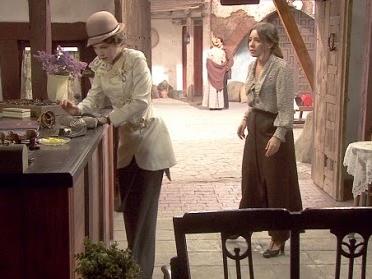 Il Segreto: Emilia aggredisce Hortensia e finisce nei guai! Video