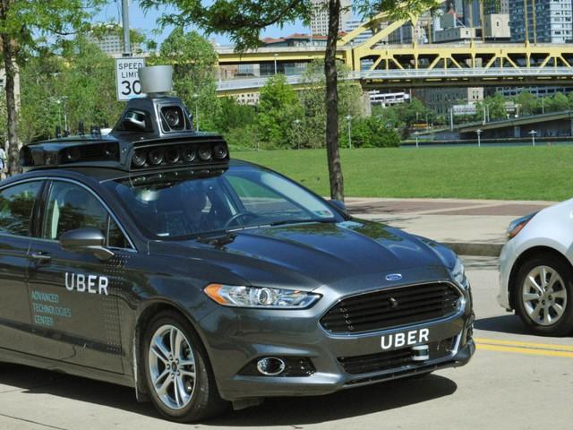 Uber ufficializza di stare testando la guida senza pilota