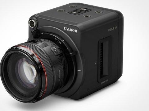 Canon ha una nuova videocamera che riprende a 4 milioni di ISO