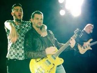 """Gianluca Grignani: backstage del video """"Fuori dai guai"""", con Emis Killa [AUDIO/VIDEO]"""