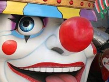 Carnevale 2015: siti web, frasi divertenti, scherzi e battute per Whatsapp e Facebook