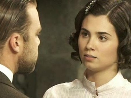 Il Segreto trame giugno: Emilia rinuncia al bambino, Maria chiede il divorzio a Fernando