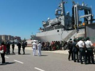 Reggio, in arrivo oltre 300 migranti