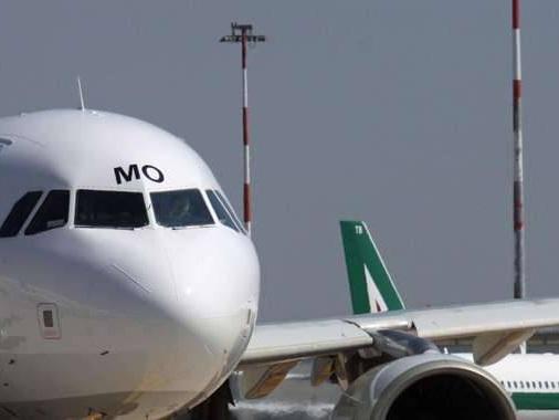 Alitalia, cancellati voli oggi Bruxelles