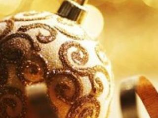 Auguri di Natale 2014: frasi natalizie per amici, figli e genitori migliori da dedicare