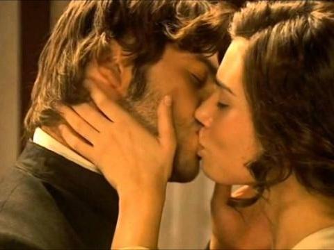 Il Segreto anticipazioni maggio 2016: Maria e Gonzalo lasciano per sempre la soap
