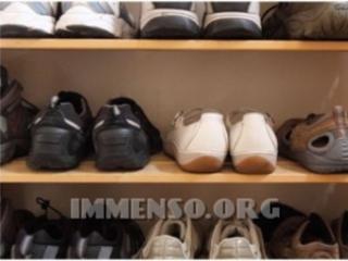 Abbigliamento, scarpe e borse false, Antitrust oscura cinquanta siti cinesi