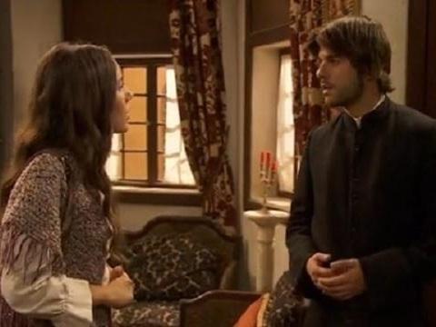 Anticipazioni Il Segreto fine aprile: Aurora confessa tutto a Gonzalo, suo fratello Martin