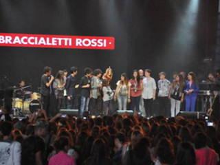 BRACCIALETTI LIVE: IL CONCERTO DEI BRACCIALETTI ROSSI ARRIVA SU RAI1