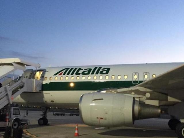 Reggio Calabria, Aeroporto dello Stretto: per Natale Alitalia cancella 8 voli con Roma e ne aggiunge 6 con Torino [INFO e DETTAGLI]