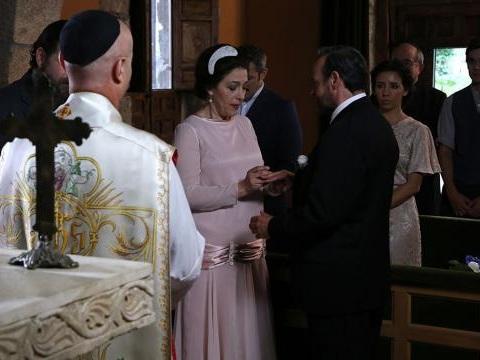 Anticipazioni Il Segreto: Raimundo e Francisca si sposano ed Emilia interrompe le nozze
