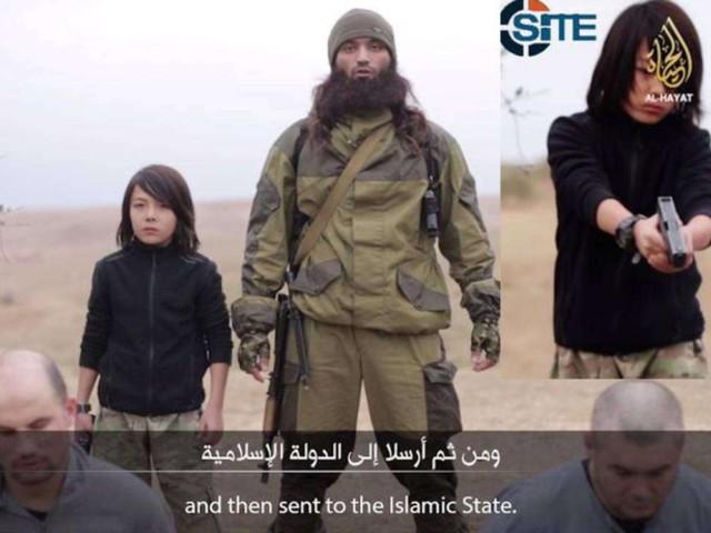 Nuovo orrore dell'Isis: un bimbo 10 anni spara a due 'spie' russe