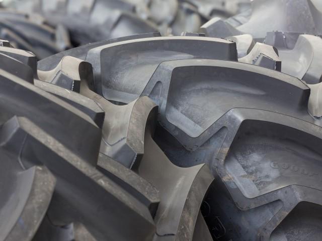 """La triturazione dei pneumatici fuori uso (PFU): una """"miniera di oro nero"""" pronta per essere sfruttata"""