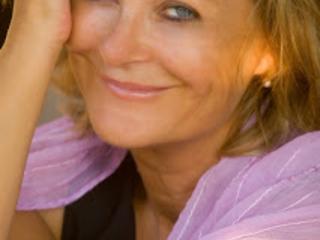 LUCIA VASINI in PENSAVO DI VESTIRMI DA UOMO | 7 e 8 marzo | Milano- la festa della donna a Zelig Cabaret
