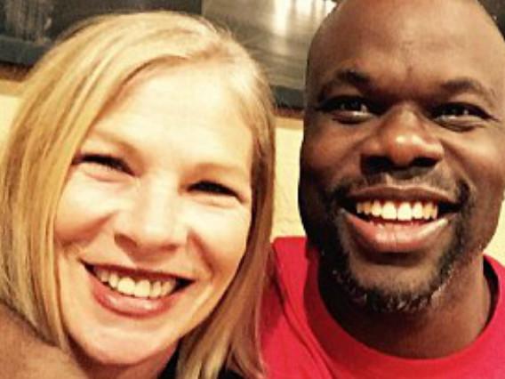 Perdona l'uomo che l'ha sparata in viso: dopo 26 anni esce dal carcere e lo incontra