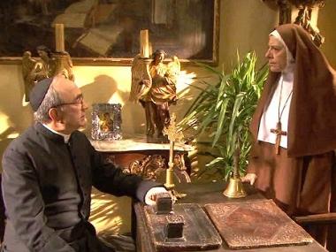 Il Segreto: Video puntata 15 settembre 2015 - Don Anselmo e Suor Encarnacion a confronto..