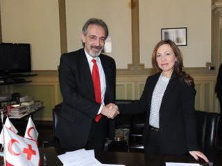 Per accoglienza migranti, firmato il protocollo d'intesa tra i presidenti di Croce Rossa Italiana e Whirlpool EMEA