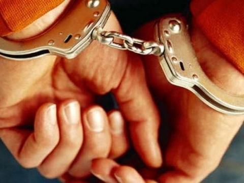 Usa, rapina una banca e attende i poliziotti: meglio la galera che la moglie