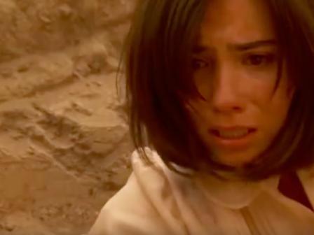Il Segreto anticipazioni aprile, Maria apre la bara di Gonzalo e fa una scoperta terribile