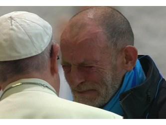I poveri in Vaticano: il Papa apre il cuore di chi è in difficoltà