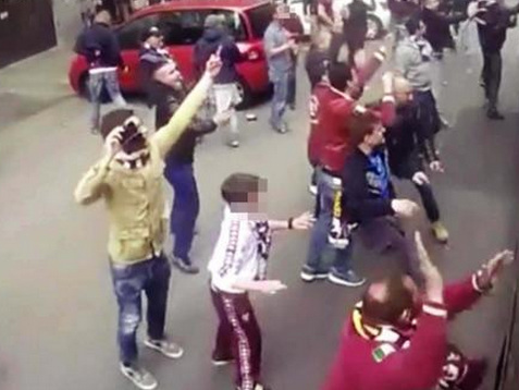 """Assalto pullman Juve, identificato dalla Digos: """"allo stadio queste cose ci stanno"""""""