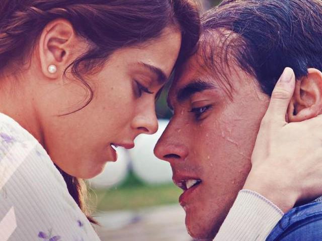 Martina Stoessel e Jorge Blanco felici sul red carpet di 'Tini La Nuova Vita Di Violetta! (Video)