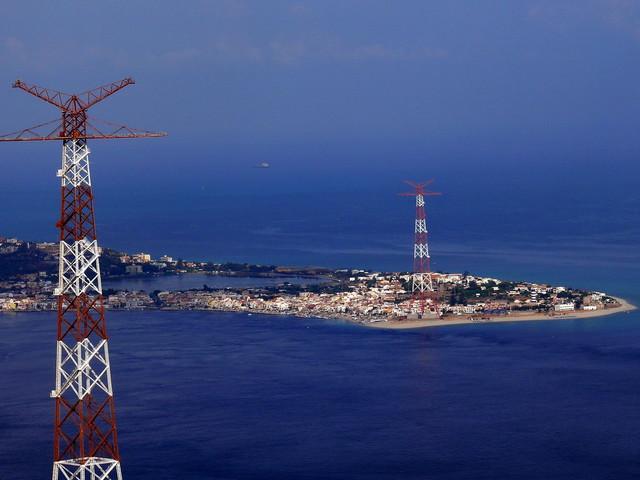 Consegnato a Terna il cavo di collegamento Sicilia-Calabria: domani sarà inaugurato da Renzi