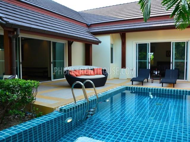 NAI12780: Luxury 3 Bedroom Villa at Nai Harn