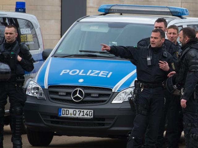 Массовое изнасилование мигрантами женщин в Кельне: полиция сообщает о 80 пострадавших